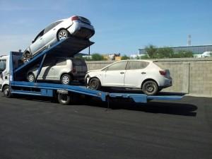גרירת רכב לפירוק בכביש 4
